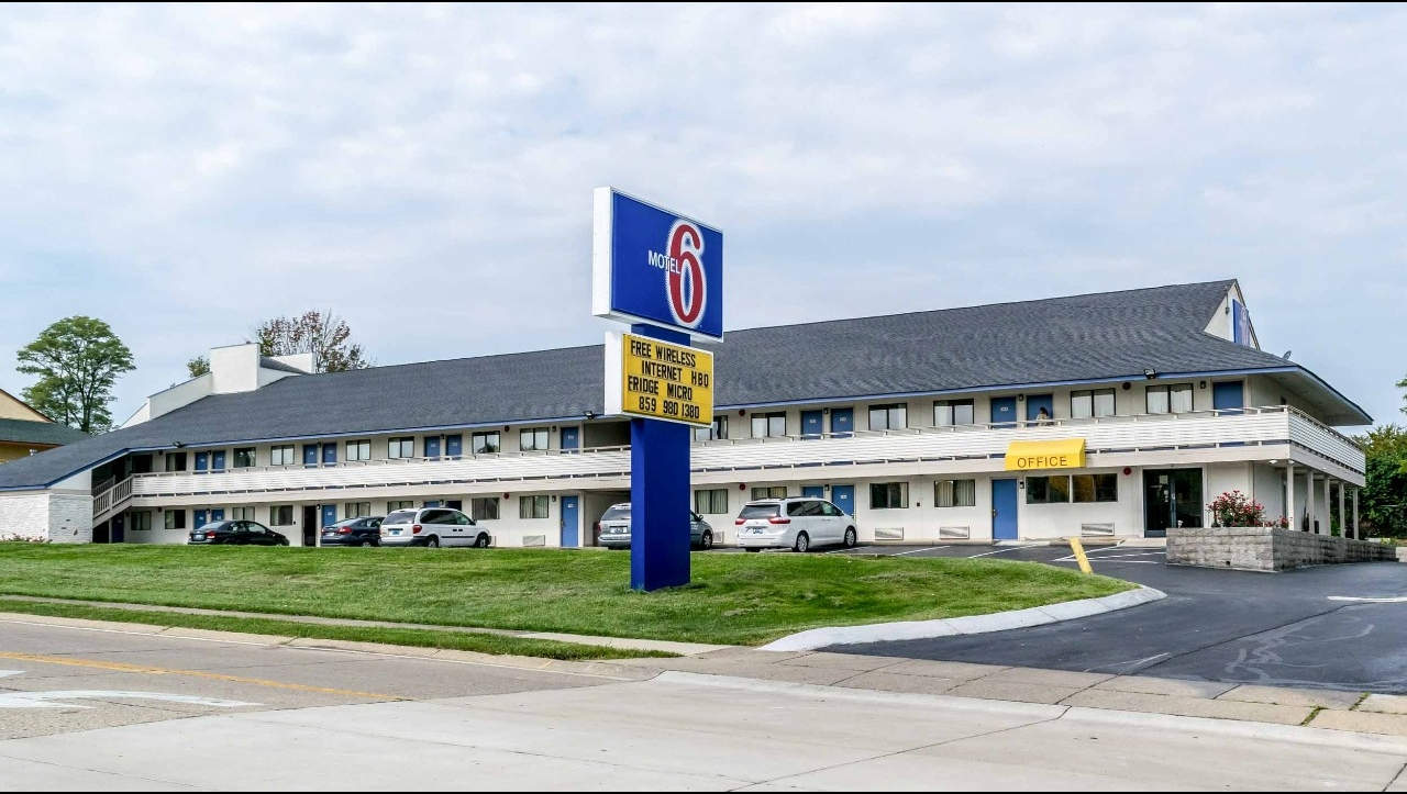 motel 6 florence ky florence hotels near cvg airport. Black Bedroom Furniture Sets. Home Design Ideas